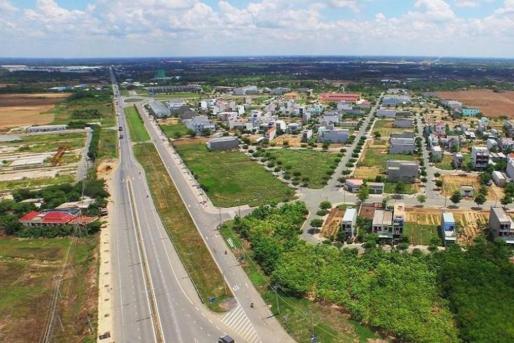 Theo Hội môi giới bất động sản Việt Nam, năm 2020 đất nền vẫn là kênh hút dòng tiền các nhà đầu tư. Ảnh: M.HÙNG