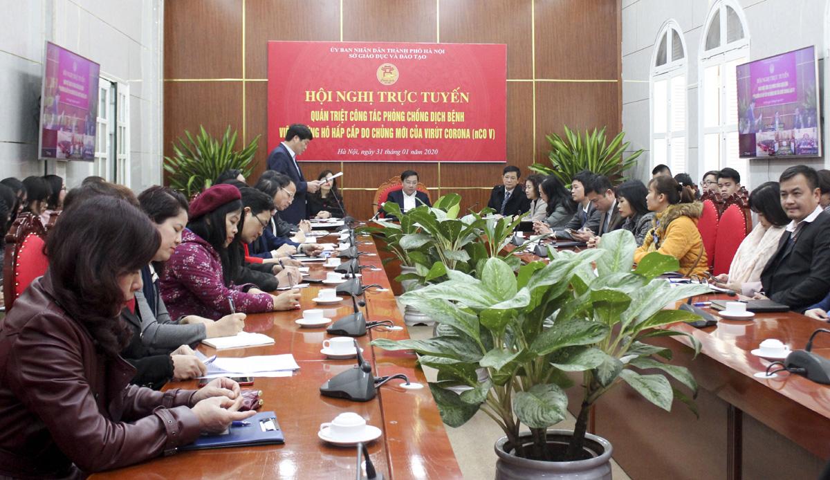 Hà Nội yêu cầu 100% cơ sở giáo dục phun thuốc khử trùng phòng dịch corona