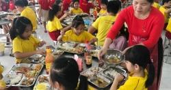 TPHCM: Có trường thưởng Tết giáo viên tới 150 triệu đồng