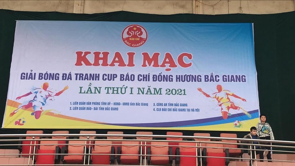 Trực tiếp: Giải bóng đá tranh cúp báo chí đồng hương Bắc Giang 2021