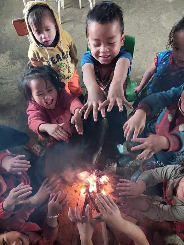 """Những bữa ăn bán trú góp sức """"nuôi lớn"""" tầm vóc Việt ở vùng cao"""