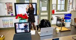Covid-19: Học trực tuyến - Nỗi lo về sự bất bình đẳng và tư nhân hóa