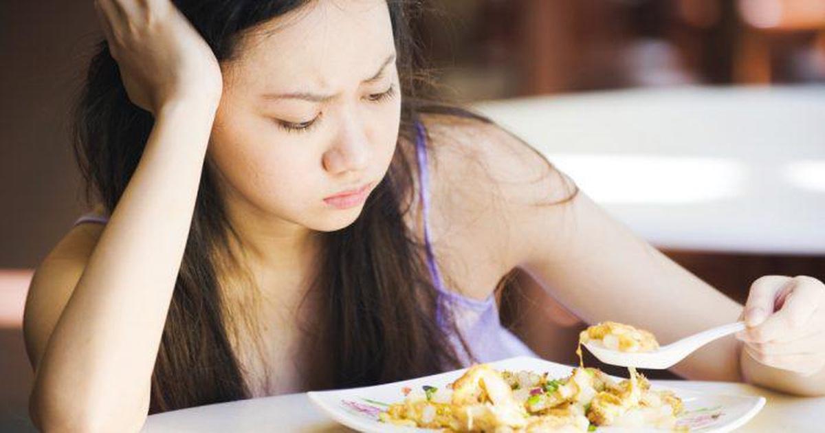 Nhìn thấy đồ ăn dầu mỡ là buồn nôn: Có thể gan đang gặp vấn đề