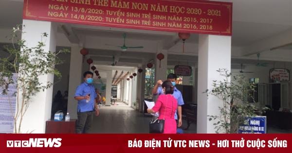 Có học sinh liên quan BN1553, trường mầm non ở Hà Nội cho trẻ nghỉ
