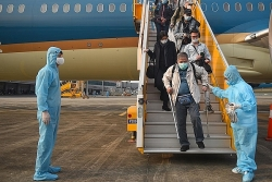 TPHCM: Thông báo khẩn tìm người đi cùng chuyến bay VN213  ngày 28/1