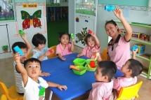 Quảng Ninh cho học sinh từ mầm non đến lớp 9 nghỉ học thêm 2 tuần