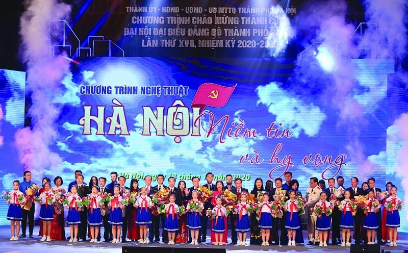 Thủ đô vững bước trên đường Vinh Quang