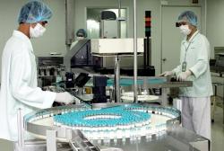"""Có thể triển khai tiêm vắc xin Covid-19 """"""""made in Vietnam"""""""" vào tháng 5/2021"""