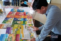 Bộ GD-ĐT thẩm định sách giáo khoa lớp 2 mới từ tháng 6