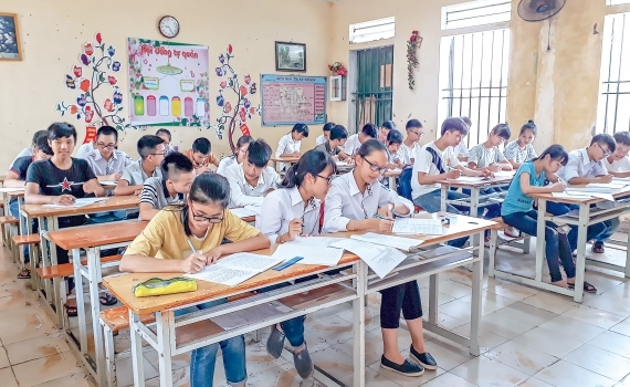 thai binh hoc sinh lop 12 van di hoc mam non den lop 11 nghi het 293