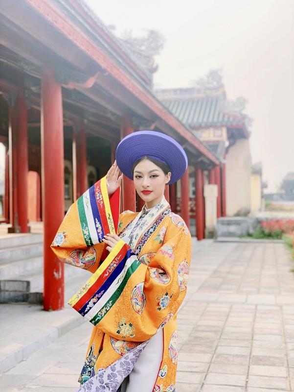 Lona Kiều Loan đẹp rạng ngời trong những thước phim quảng bá du lịch miền Trung