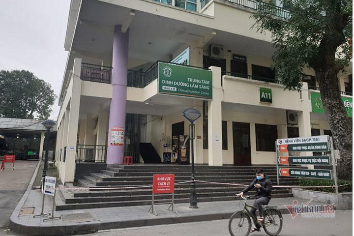 giam doc truong sinh 26 nhan vien nhiem covid 19 khong phai la toi do