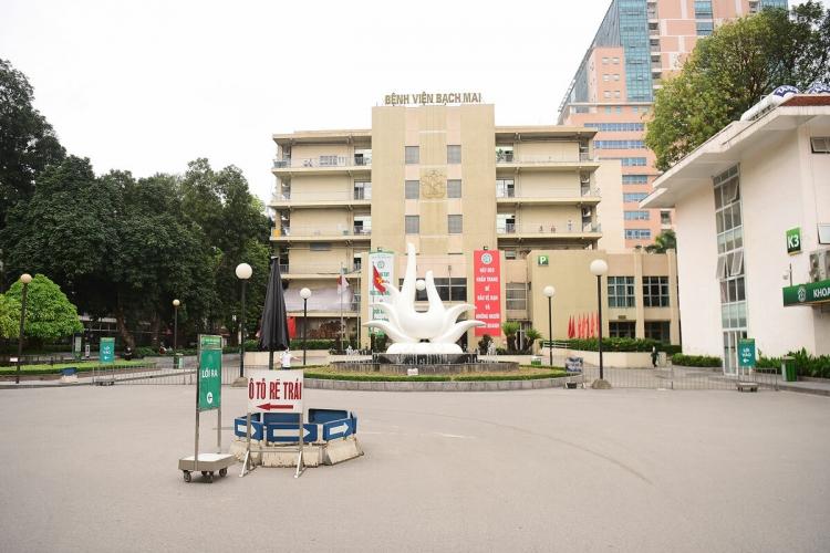 Bộ Y tế yêu cầu BV Bạch Mai chưa tăng giá khám chữa bệnh theo yêu cầu