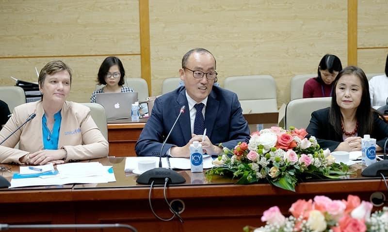 Trưởng Đại diện UNICEF, WHO và UNPFA tại buổi làm việc