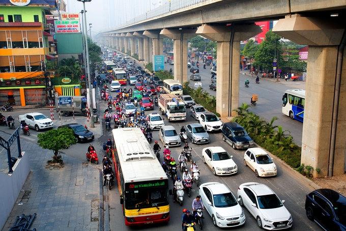 Đường Nguyễn Trãi một trong những điểm đen về un tắc giao thông ở Hà Nội
