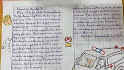 """Học trò Hà Nội đập lợn đất ủng hỗ quỹ """"Vì đồng bào"""" của ông Đoàn Ngọc Hải"""