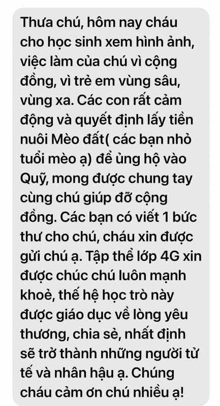 Học trò Hà Nội đập lợn đất ủng hỗ quỹ