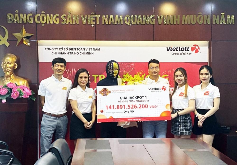 Mua vé Vietlott trên My Viettel trúng giải Jackpot 142 tỷ đồng