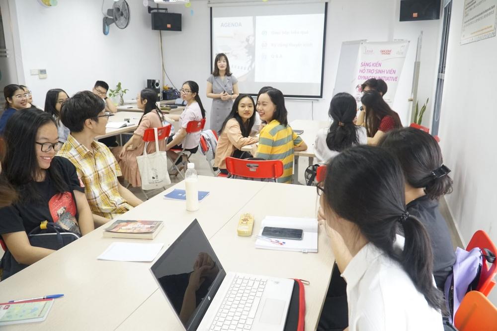 Trở thành người lãnh đạo, bạn trẻ cần kỹ năng gì?