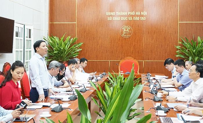 Giám đốc Sở TT&TT Nguyễn Thanh Liêm phát biểu tại buổi làm việc