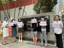 Phụ huynh Trường Quốc tế Singapore phản đối việc thu học phí dạy online