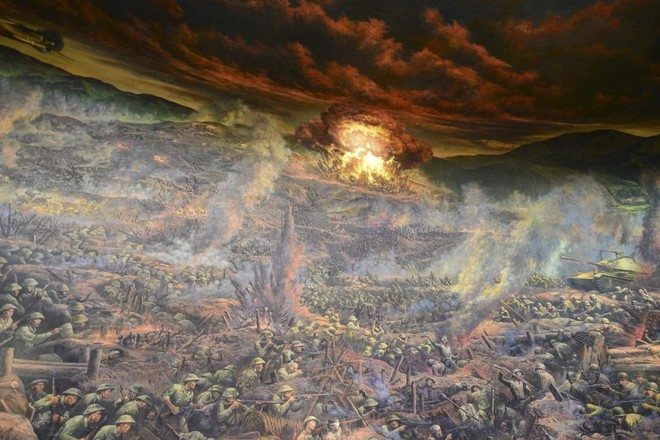Cận cảnh bức tranh khổng lồ tái hiện chiến thắng lịch sử Điện Biên Phủ