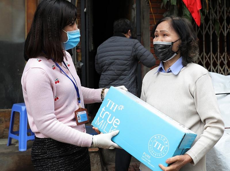 Tập đoàn TH chung tay ủng hộ tuyến đầu chống dịch ở Hà Nam, Vĩnh Phúc