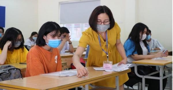 Thí sinh bị nhiễm Covid-19 sẽ được đặc cách xét tốt nghiệp THPT năm 2021