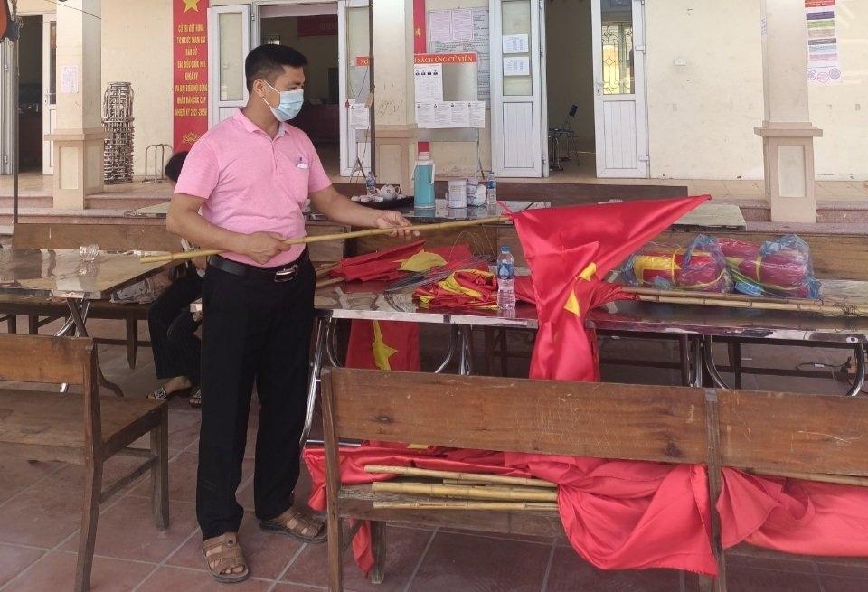 Vị trưởng thôn với công tác chuẩn bị cho bầu cử