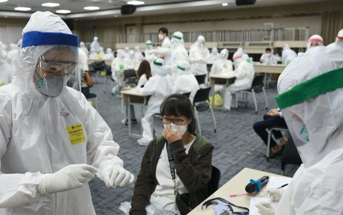 Chiến lược mới của Bộ Y tế đối phó với biến chủng SARS-CoV-2 nguy hiểm