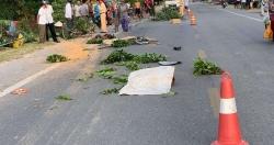 Xe tải lao vào 3 phụ nữ bán chè xanh, 1 người chết 2 người bị thương