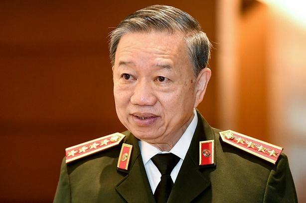 """Tướng Tô Lâm: """"Cấp 50 triệu thẻ căn cước trong 1 năm để bỏ sổ hộ khẩu"""""""