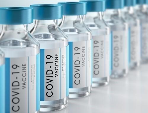 Bệnh nhân mắc bệnh nền có nên tiêm vắc xin phòng Covid-19?