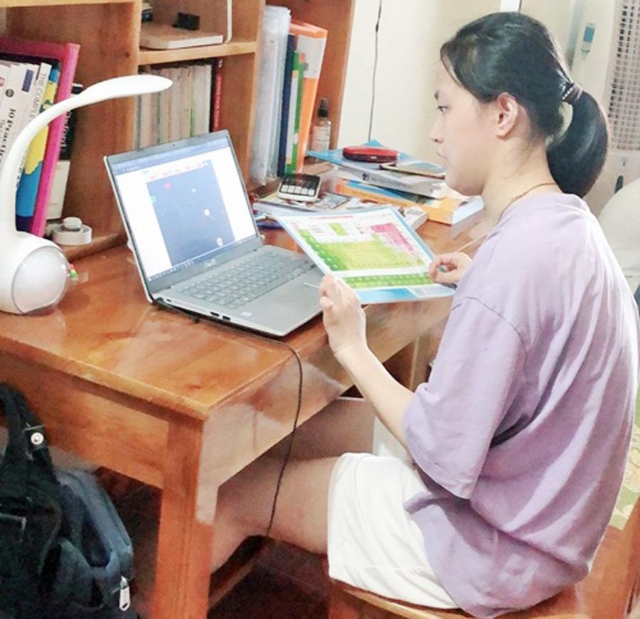 Cô học trò Nguyễn Diệu Linh