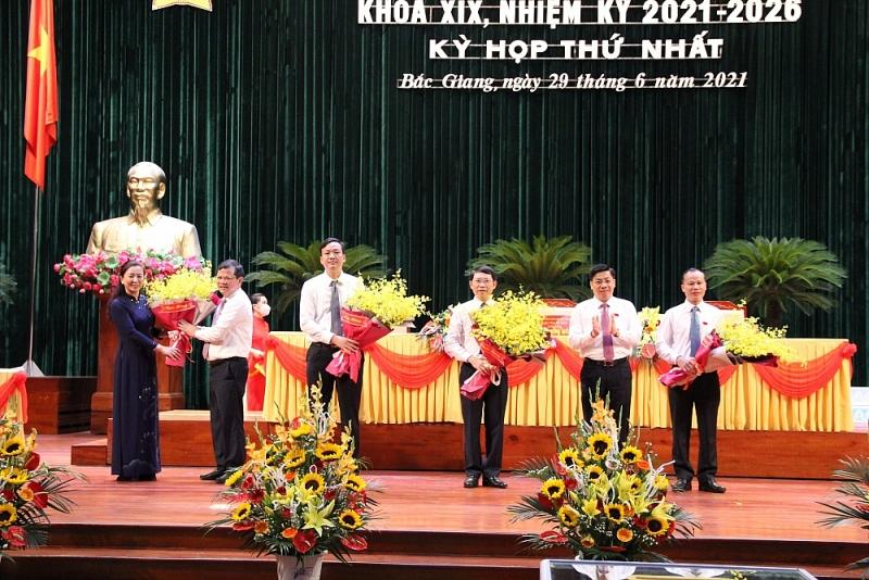 Bắc Giang bầu các chức danh chủ chốt của HĐND và UBND tỉnh