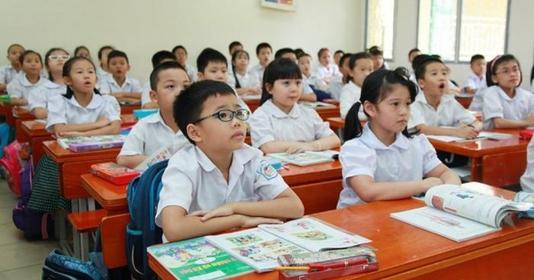 Từ ngày 1/7/2020, học sinh tiểu học không phải đóng học phí
