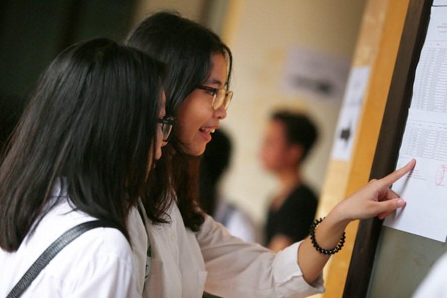 Hà Nội có 88.928 em học sinh đăng kí dự thi lớp 10. Ảnh: Hải Nguyễn.