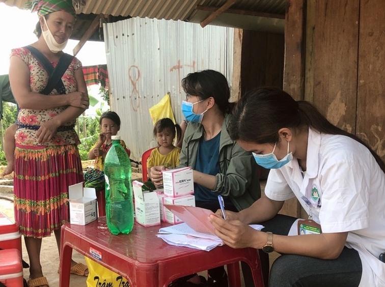 chuyen gia khuyen cao phong chong bach hau ke ca khi da tiem vaccine