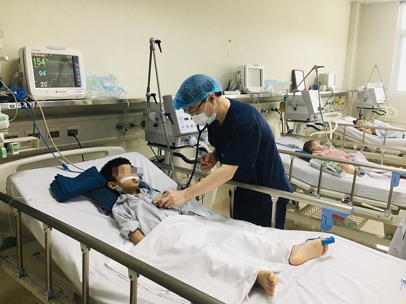 Tiêm đủ 3 mũi vắc xin viêm não Nhật Bản, trẻ vẫn mắc bệnh do đâu?
