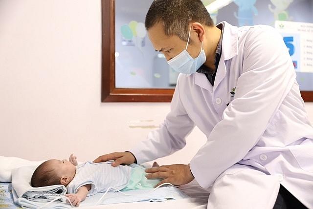 Cứu sống hai bệnh nhi sơ sinh mắc hội chứng thiểu sản tim trái hiếm gặp