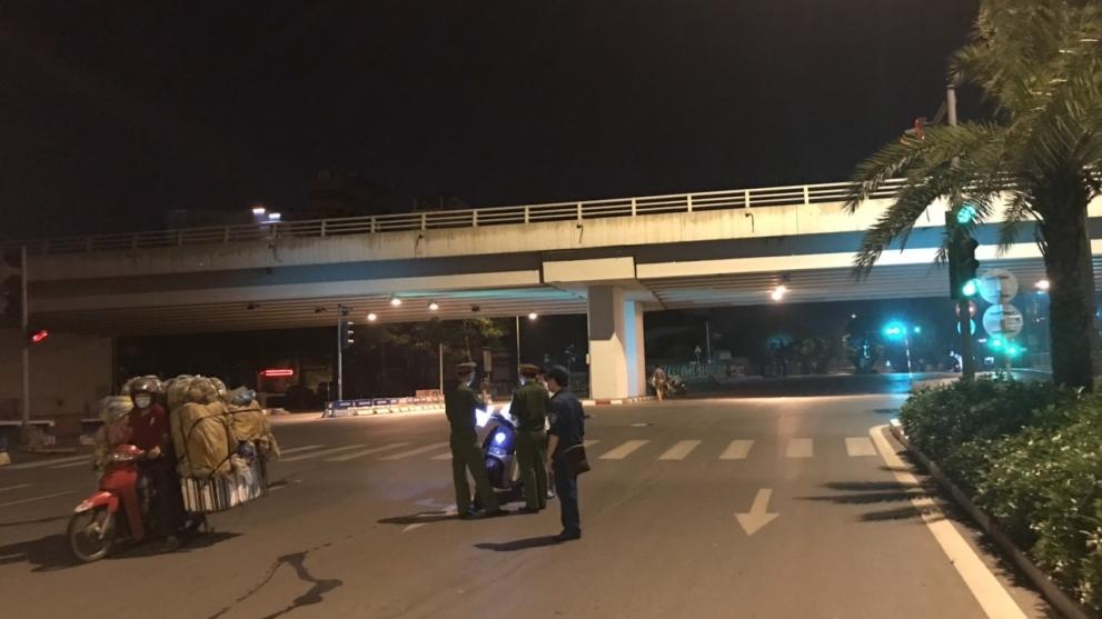Hà Nội: Quận Ba Đình ra quân từ 3 giờ sáng để kiểm tra phòng, chống dịch Covid-19