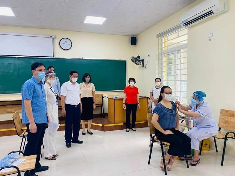 Hà Nội: 50 dây chuyền tiêm, 750 tham gia chiến dịch tiêm chủng lịch sử tại quận Hai Bà Trưng