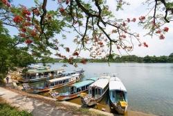 """Cách trải nghiệm du lịch đi bộ """"Awe Walk"""" tại Việt Nam"""