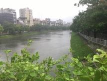 Vùng áp thấp mới xuất hiện trên biển Đông, Hà Nội bớt mưa vẫn dịu mát