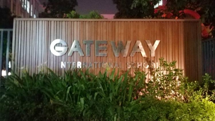 vua nhan dau tu 34 trieu usd truong quoc te gateway da xay ra su co