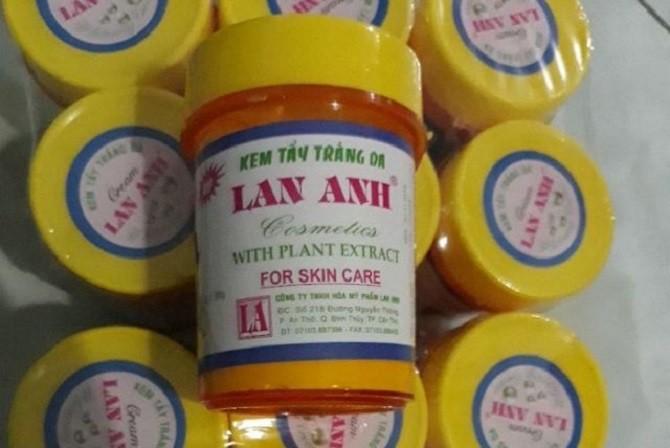 6 loai my pham khong dam bao chat luong bi thu hoi