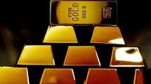 Giá vàng hôm nay (16/8): Vàng neo đỉnh, USD leo cao