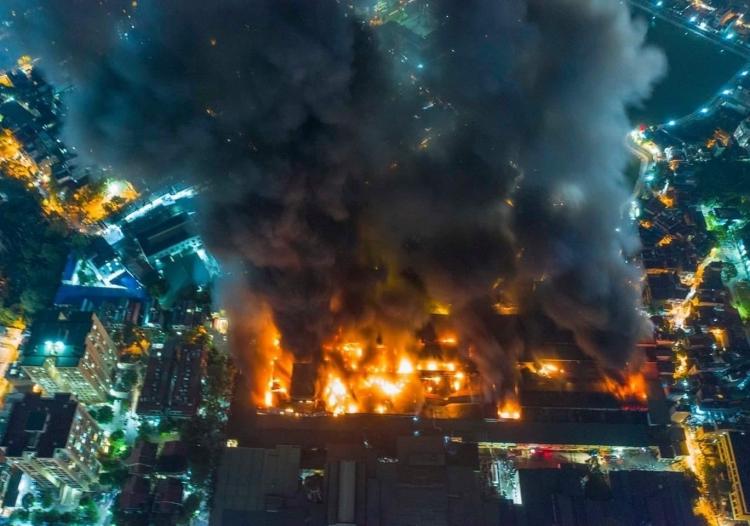Nguy cơ nhiễm độc thủy ngân sau vụ cháy kho Rạng Đông