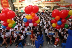 Bộ GDĐT lên kịch bản khai giảng năm học mới: Kết hợp trực tiếp và online