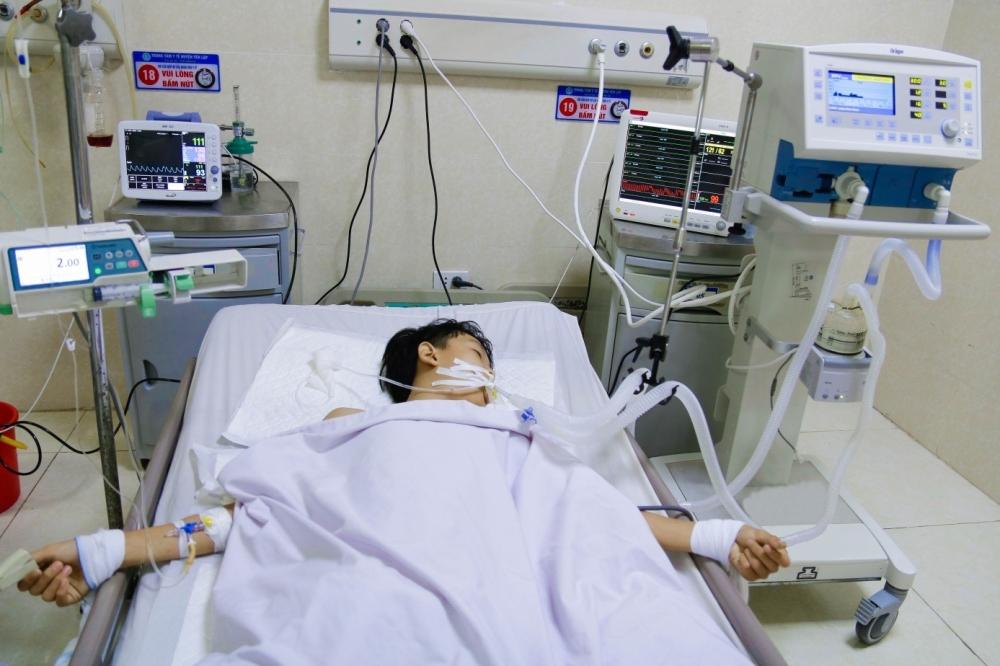 Phú Thọ: Trung tâm y tế huyện điều trị thành công thiếu niên bị rắn độc cắn